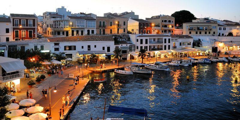 Menorca verkennen met een reismaatje