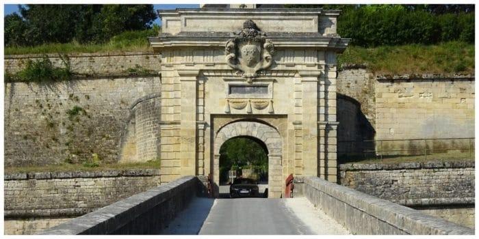 Logis Hotels Hôtel la Citadelle, slapen in UNESCO Werelderfgoed