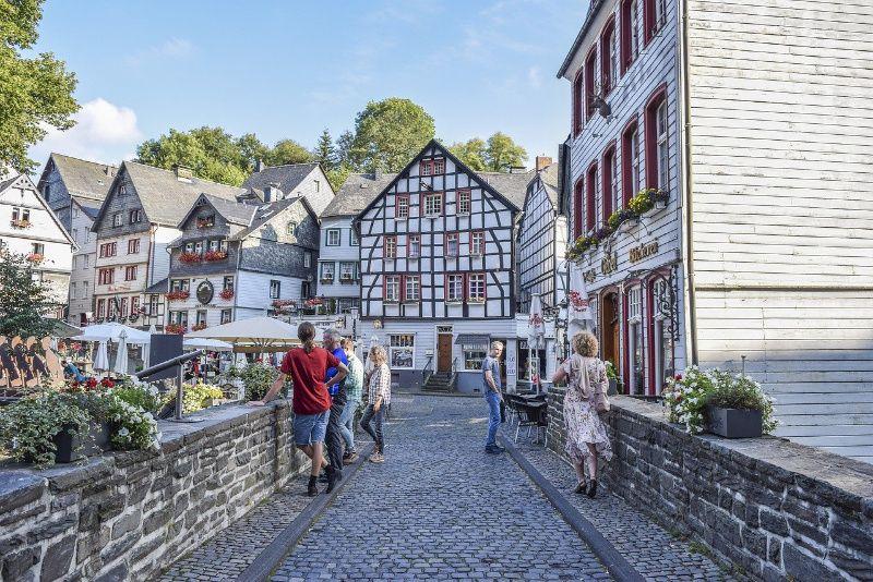 Duitsland Eifel straatje