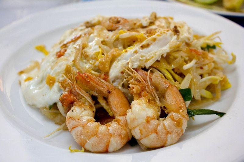 pad thai thailand food