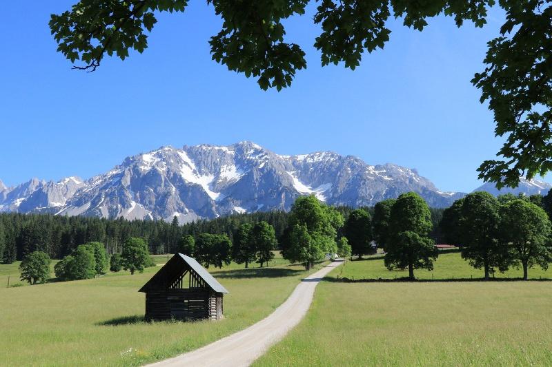 Valentijn emigreerde naar Oostenrijk en werkt nu bij Alpendreams
