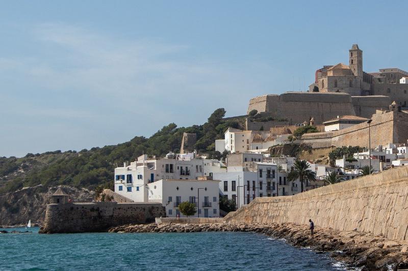 Gratis op Ibiza, 15 toffe tips die je (bijna) niets kosten