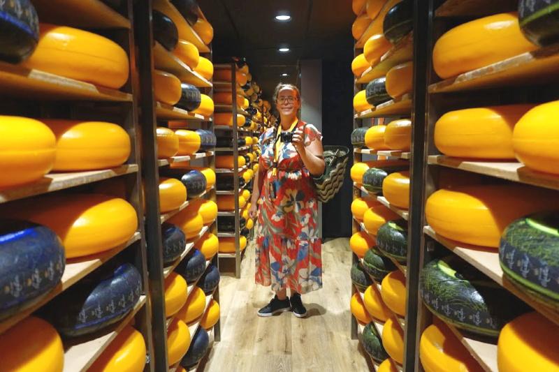 selfie Gouda Cheese Experience