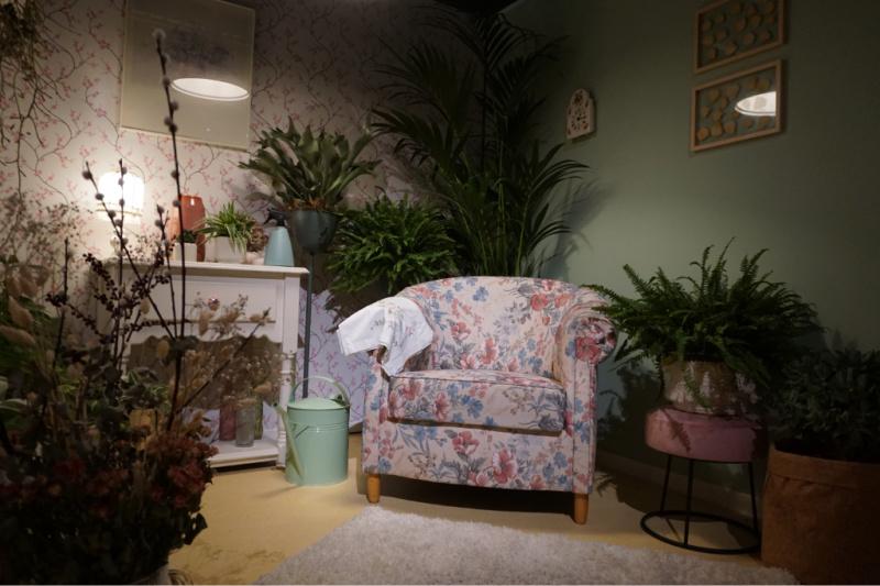woonkamer met planten