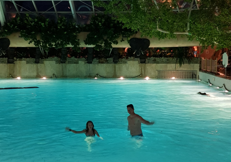 subtropisch zwemparadijs Center Parcs De Kempervennen
