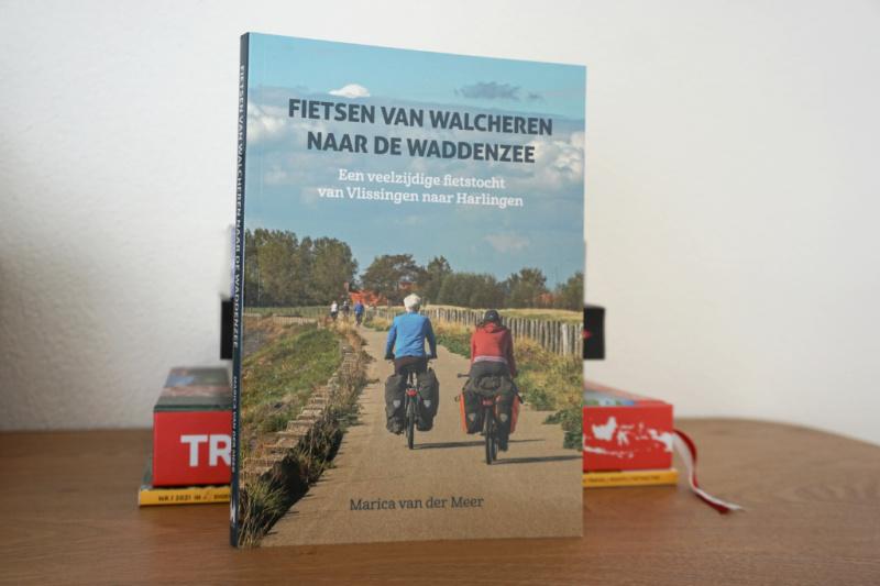 Fietsen van Walcheren naar de Waddenzee Een veelzijdige fietstocht van Vlissingen naar Harlingen Marica van der Meer