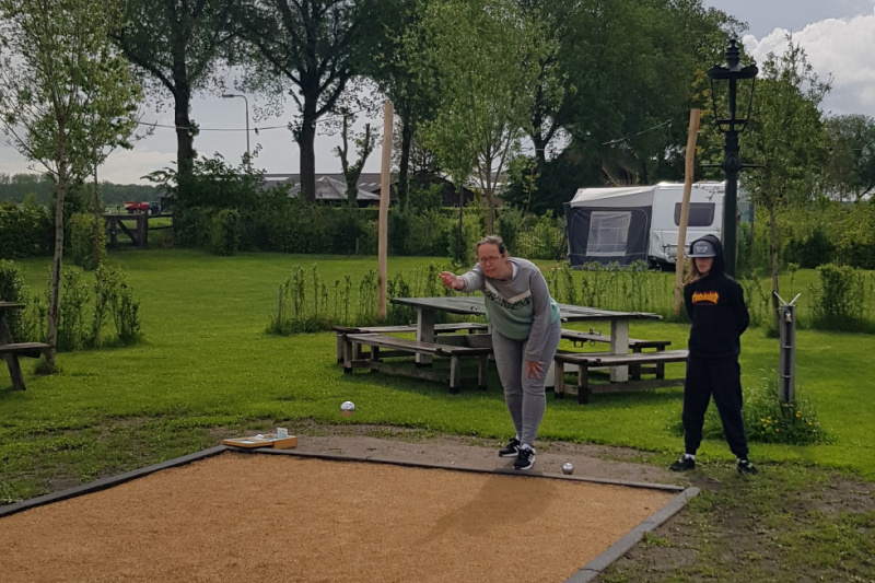Jeu des boules op mincamping Petit013 Tilburg Brabant Nederland