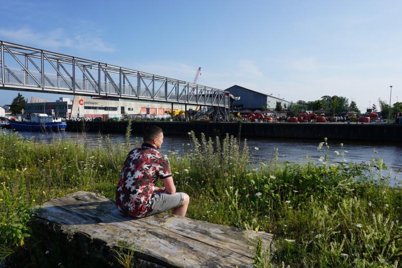 Eilandhoppen in Breda tijdelijke brug in de Belcrumhaven in Breda