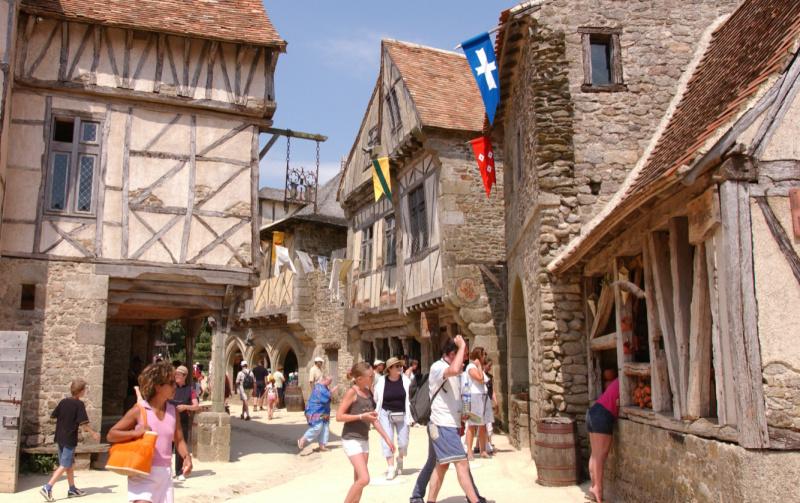 Atlantische Loirestreek? Ga naar Puy du Fou Cité Médiévale 1 - Alain Monéger (1)