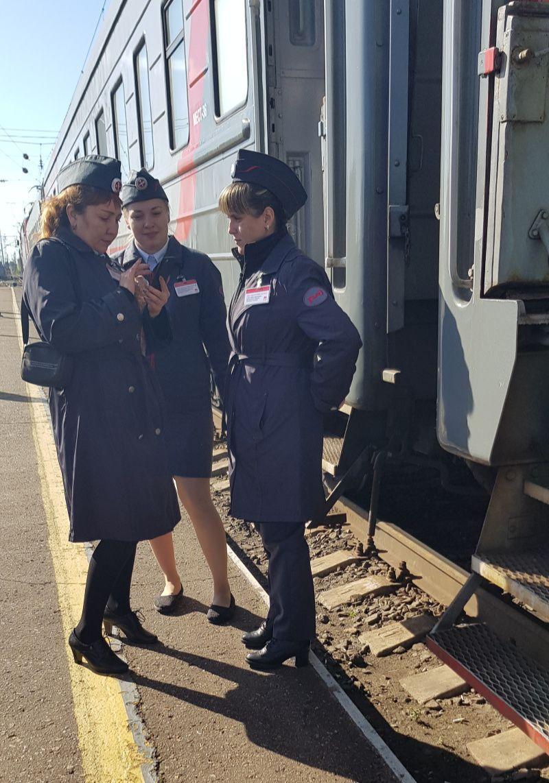Beste treinreis ter wereld is de Trans Siberië Express provodnitsa