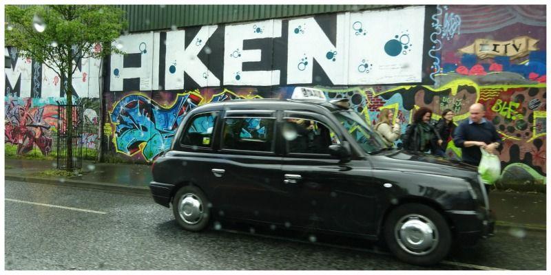 Black cab tour Belfast | Een rit door de geschiedenis