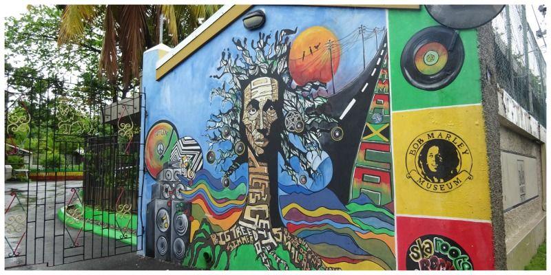 Bob Marley museum poort
