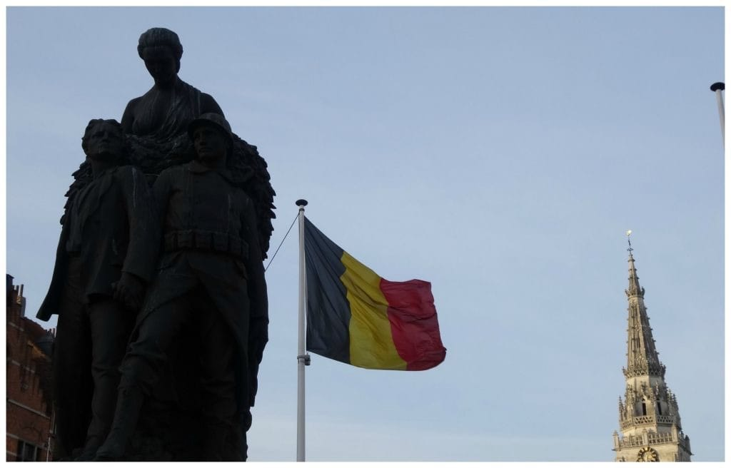 Brussel Anderlecht Dodenmonument.jpg