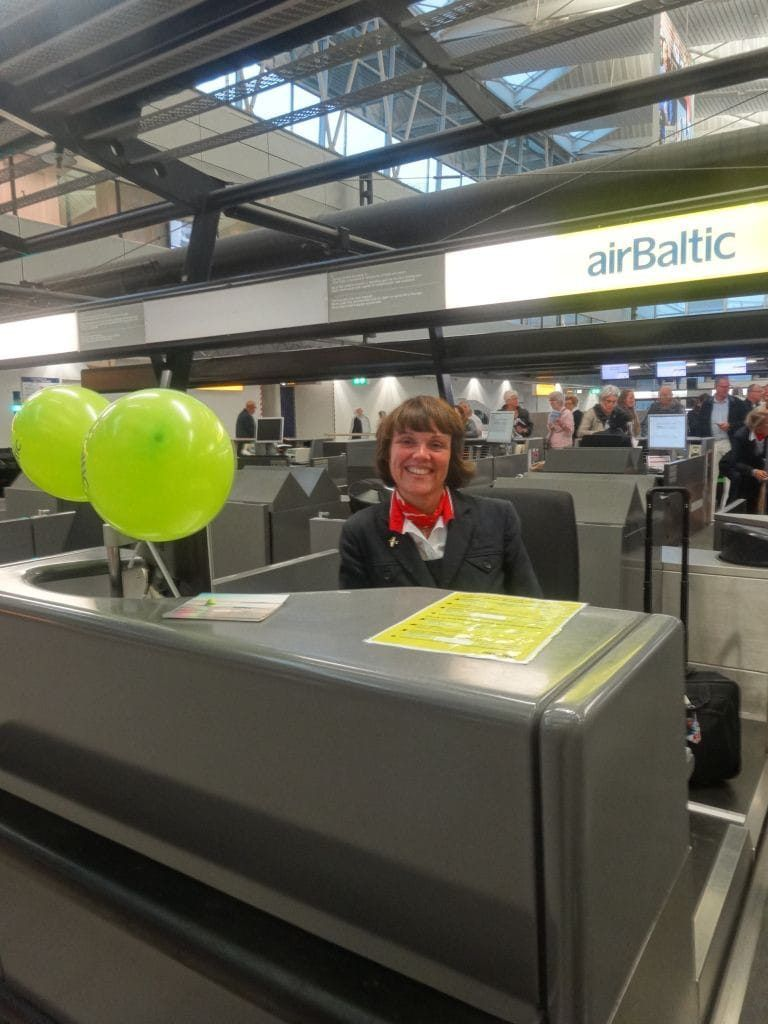 incheckbalie airBaltic Schiphol