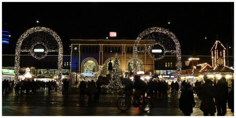 Duitsland Hannover Kerstmarkt Hauptbahnhoff