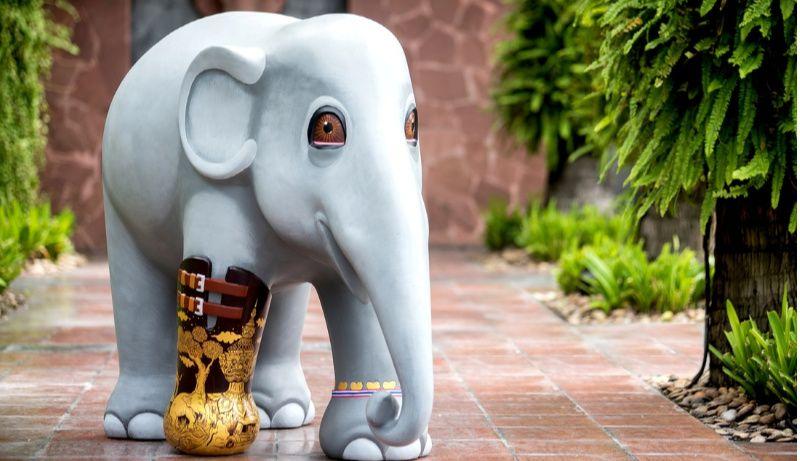 Elephant Parade siert de straten van Bangkok