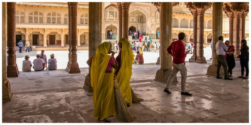 India met kinderen Amber Fort Jaipur