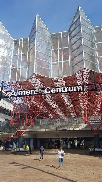 Nederland Almere station Almere Centrum