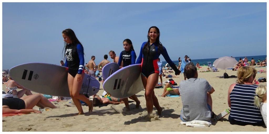 san-sebastian-surfmeisjes